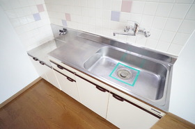 https://image.rentersnet.jp/74af959b-2ee5-46f2-b844-275b7ea5d082_property_picture_956_large.jpg_cap_キッチン