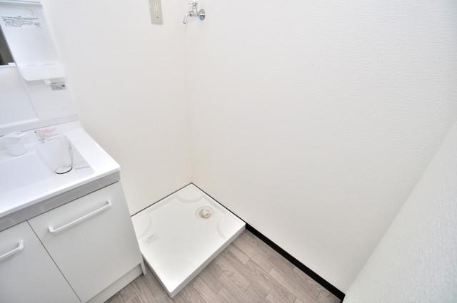 みおつくし布施 洗濯機置場が室内にあると本当に助かりますよね。