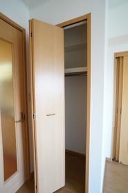 https://image.rentersnet.jp/74feedc4-cd10-4b71-a4ac-a6ac63b71898_property_picture_960_large.jpg_cap_他号室。参考写真