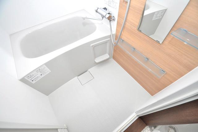 クリエオーレ南上小阪 足を伸ばして、ゆっくりできる大きなバスルームですよ。