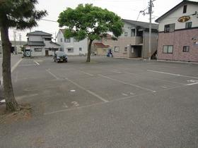 https://image.rentersnet.jp/754fc7119a507f3f71d77c7c16a8eb30_property_picture_2419_large.jpg_cap_駐輪場付き