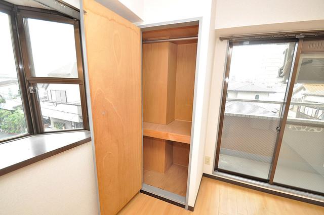 サニーハイム小若江 コンパクトながら収納スペースもちゃんとありますよ。