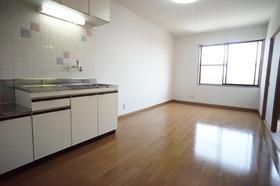 https://image.rentersnet.jp/7560e6d0-0fbb-4d6e-ae9d-6a6b33bf67cb_property_picture_956_large.jpg_cap_居室