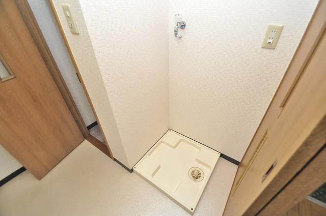 カーサヴェルデ 洗濯機置場が室内にあると本当に助かりますよね。