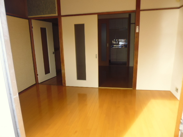 大里マンション居室