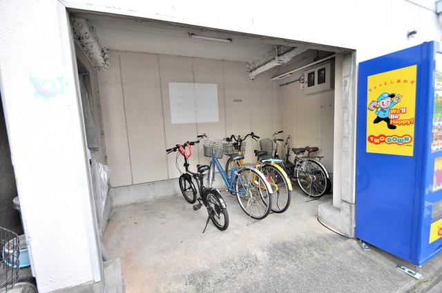プレアール布施 あなたの大事な自転車も安心してとめることができますね。