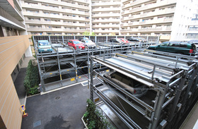 豊洲レジデンスC棟駐車場