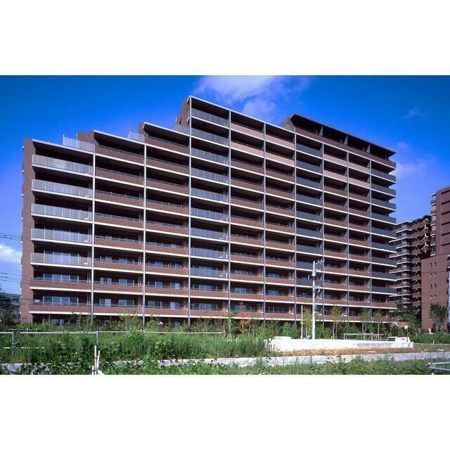 ガーデンアリーナ新百合ヶ丘ヒルトップコート壱番館の外観画像