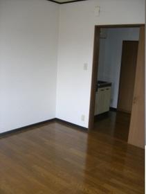 https://image.rentersnet.jp/7644a004-ae3a-4c86-9766-5e6c90d45478_property_picture_959_large.jpg_cap_居室