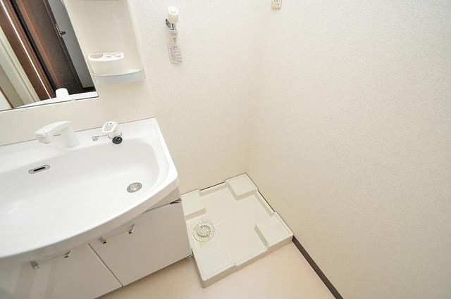 フジパレス フォンターナⅡ番館 室内に洗濯機置き場があれば雨の日でも安心ですね。