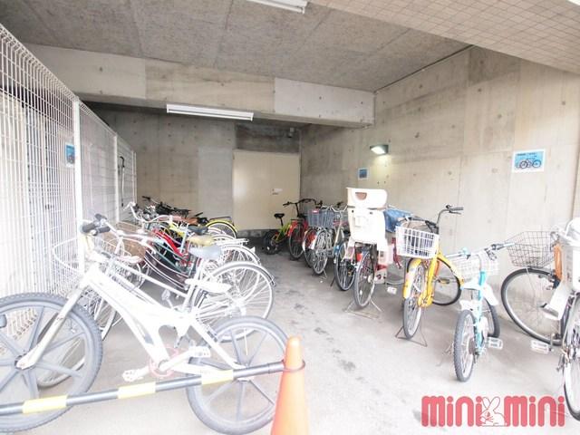 エスポワール福岡駐車場