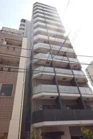XEBEC上野の外観
