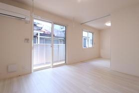 https://image.rentersnet.jp/7732859d-6962-4d6a-afd5-178cba0be700_property_picture_9494_large.jpg_cap_居室