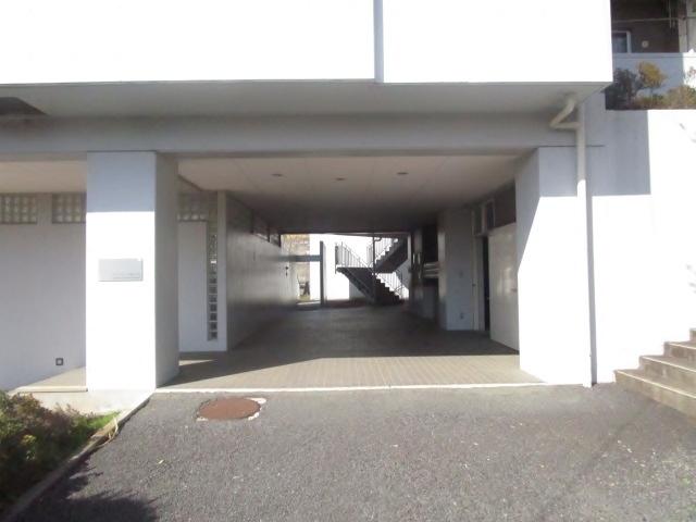ファミーユ桜ヶ丘外観