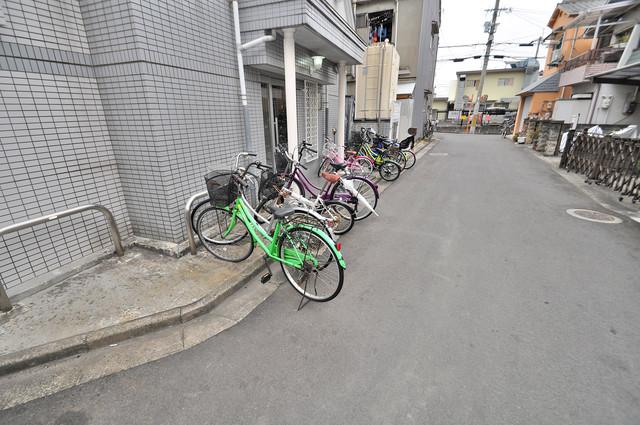 サンライフ若江東 あなたの大事な自転車も安心してとめることができますね。