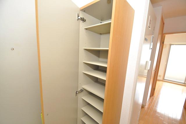 Celeb布施東 玄関には大容量のシューズボックスがありますよ。