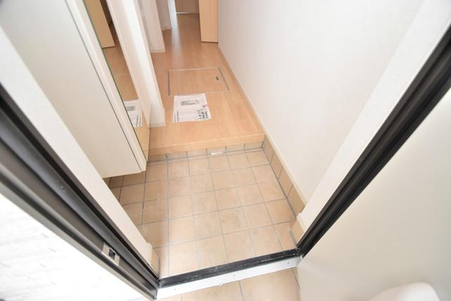 リジエールⅡ 玄関を開けると解放感のある空間がひろがりますよ。