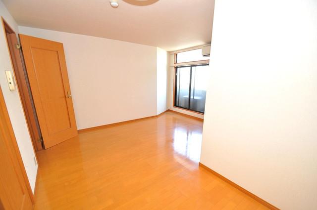アドバンス俊徳 明るいお部屋はゆったりとしていて、心地よい空間です