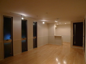 グリーンアベニュー�V 201号室