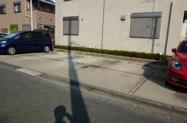 エターナル ガーデン ペット共生駐車場