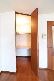 シルキーツリー 202号室