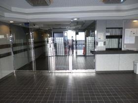 成増駅 徒歩17分エントランス