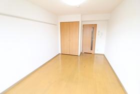 https://image.rentersnet.jp/790b3351-d7ea-4df6-b75a-b2abcf7e1de4_property_picture_958_large.jpg_cap_居室