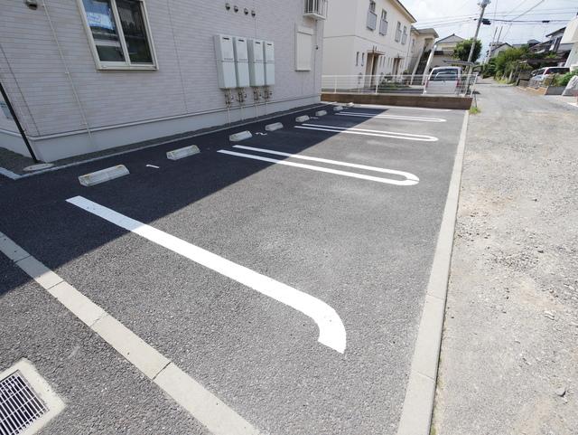 グランソレーユⅡ駐車場