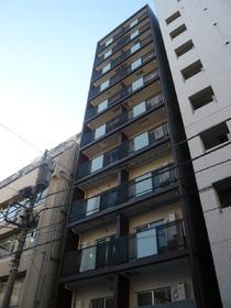 アーク銀座京橋高級感のある外観に室内廊下のマンションです