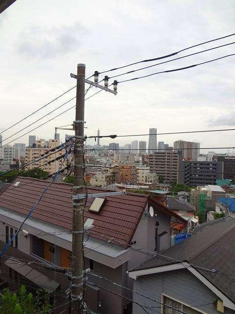 横浜駅 徒歩15分景色