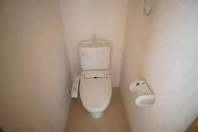 https://image.rentersnet.jp/7a27c168-c4dc-47d6-9b5d-eaf8cda41b59_property_picture_1993_large.jpg_cap_トイレ