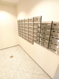 ボーブリアンあさひ (各種駐輪場完備) 302号室