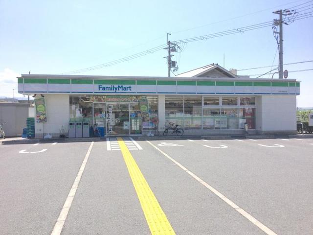 ファミリーマート泉佐野鶴原店