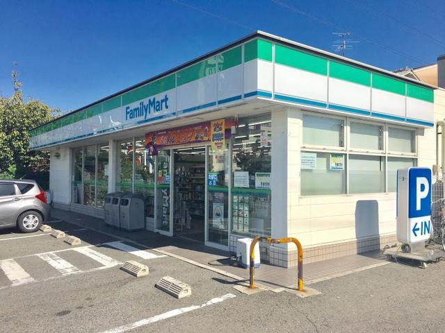 ファミリーマート堺緑ケ丘中町店