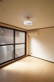 メゾンハピネス 203号室