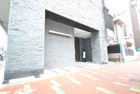 武蔵小山駅 徒歩6分エントランス