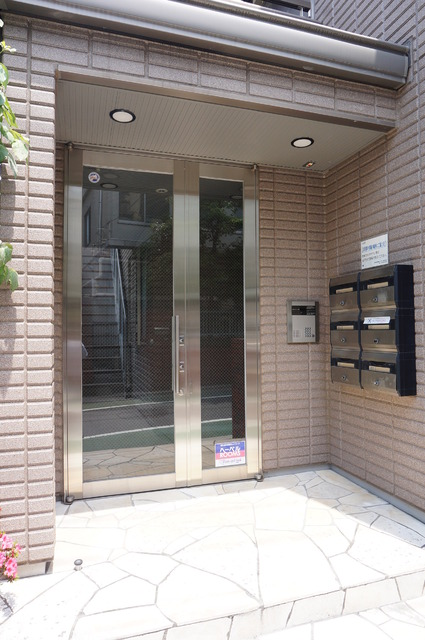 メゾン西片壱番館エントランス