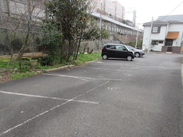 サンライズプレミア駐車場