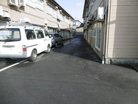 https://image.rentersnet.jp/7b3552e753c0a7242aa1c51f12b27942_property_picture_1991_large.jpg_cap_駐車場