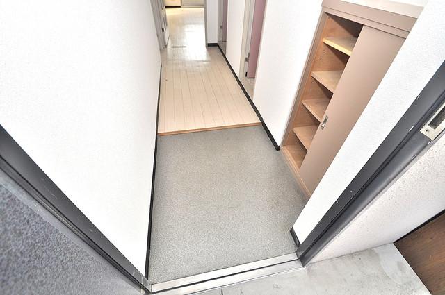 オルゴグラート長田 素敵な玄関は毎朝あなたを元気に送りだしてくれますよ。