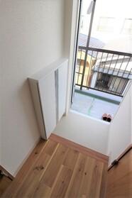 秋山ハイツ 302号室