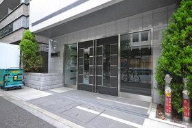 メインステージ千代田岩本町コモデエントランス
