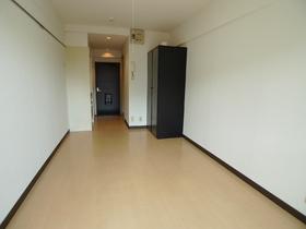 司ビルディング 305号室