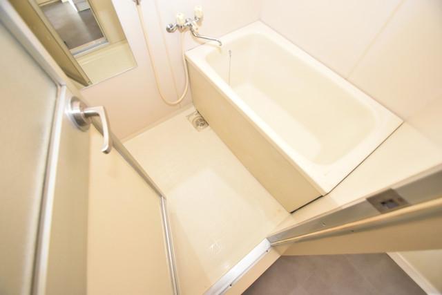 コートドールタツミ ちょうどいいサイズのお風呂です。お掃除も楽にできますよ。