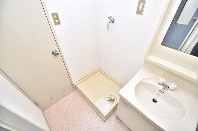 グランドメゾン樋口 室内に洗濯機置き場があれば雨の日でも安心ですね。