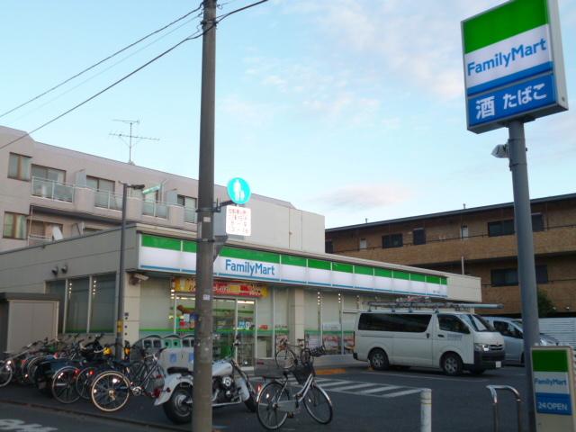 西高島平駅 徒歩10分[周辺施設]コンビニ
