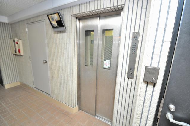 ゴッドフィールド布施 嬉しい事にエレベーターがあります。重い荷物を持っていても安心