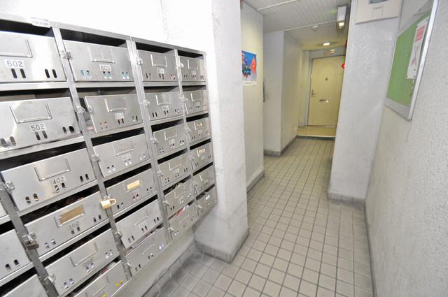 ドリーム21 玄関まで伸びる廊下がきれいに片づけられています。