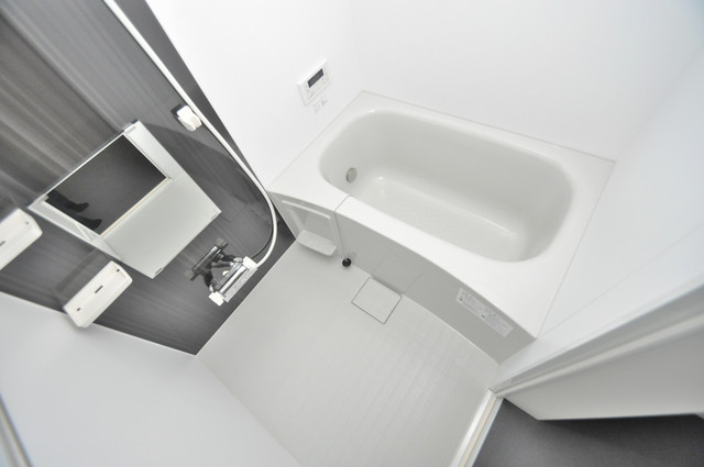 Lumo布施(ルーモフセ) ちょうどいいサイズのお風呂です。お掃除も楽にできますよ。