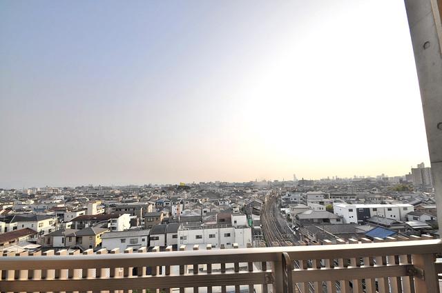 プラ・ディオ徳庵セレニテ この見晴らしが日当たりのイイお部屋を作ってます。